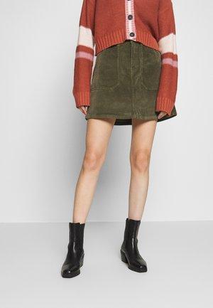 ALINE CURVY - Mini skirt - olive fun