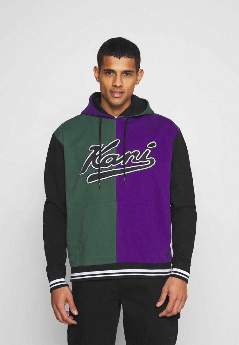 Karl Kani - VARSITY BLOCK HOODIE UNISEX  - Sweatshirt - darkgreen