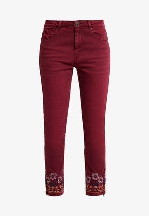 PANT MIAMI COLORS - Jeans slim fit - biking red