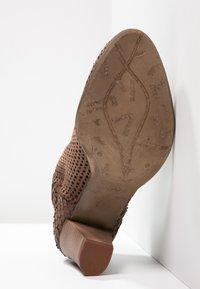 Felmini - OMEGA - Ankle boots - rain nut - 4