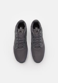 adidas Performance - GALAXY  - Neutrální běžecké boty - grey five/core black/footwear white - 3