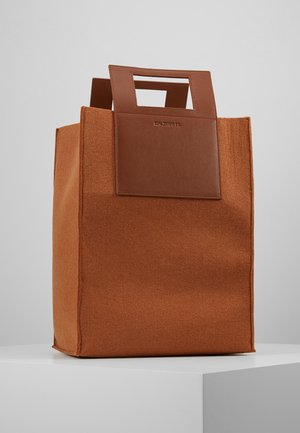 CARRY BIG BAG - Shopping bags - camel
