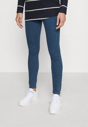 VMMJUDY JEGGING - Jeans Skinny Fit - medium blue denim