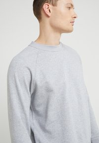 Filippa K - TUXEDO - Sweatshirt - light grey - 4