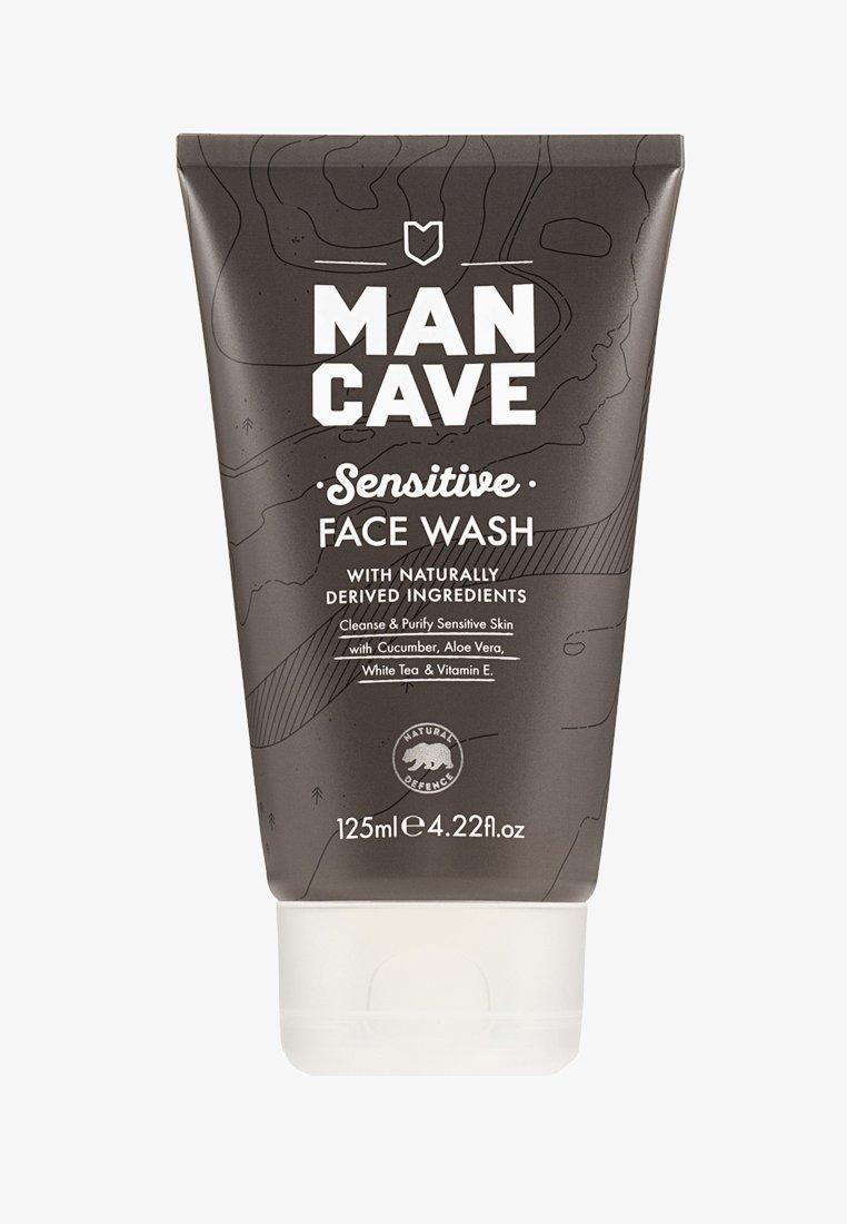 Man Cave - SENSITIVE FACE WASH 125ML - Cleanser - -