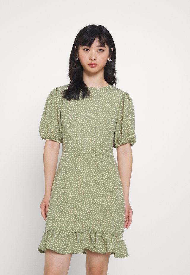 PUFF SLEEVE WITH RUFFLE HEM - Day dress - green floral