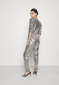 Gina Tricot - LOIS EXCLUSIVE - Jumpsuit - silver - 2