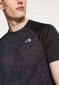 The North Face - MENS AMBITION - T-shirt med print - dark grey/black - 5