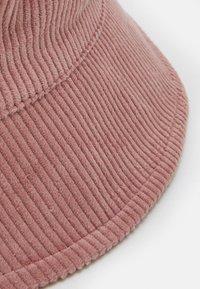 Pieces - PCDOLA BUCKET HAT - Hat - misty rose - 3