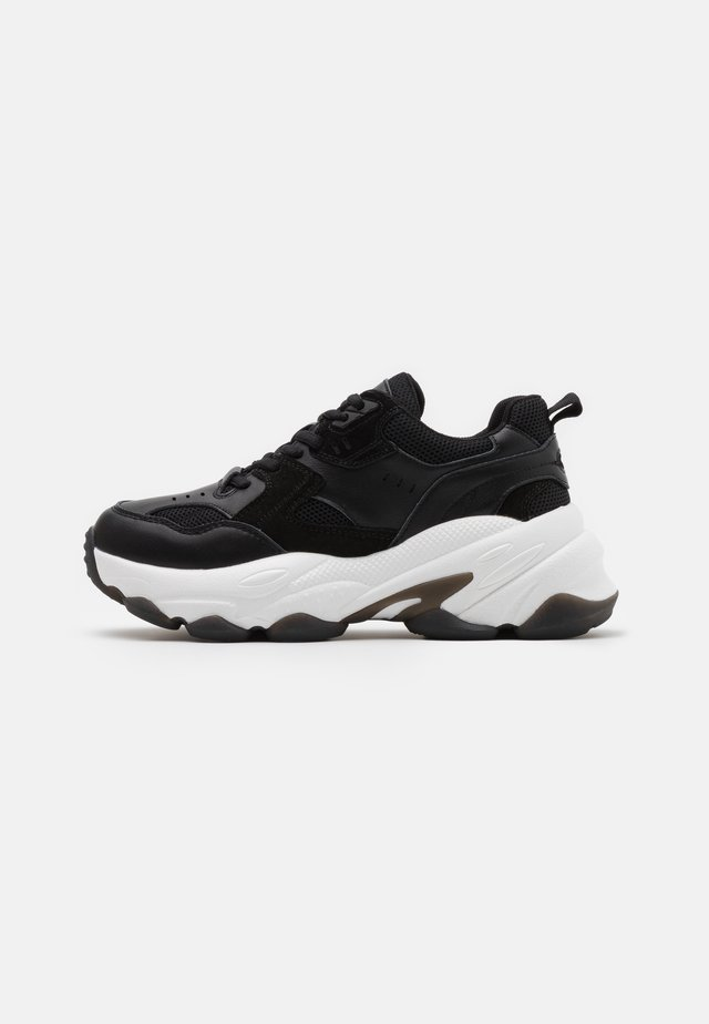 BUBBLE SOLE TRAINERS - Sneakers basse - black