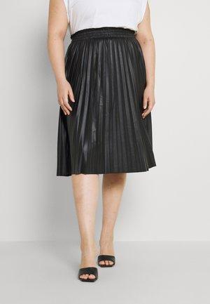 VMNELLIE COATED CALF SKIRT - Pleated skirt - black