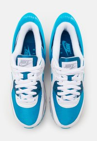Nike Sportswear - AIR MAX 90 FLYEASE UNISEX - Sneakers laag - white/laser blue/industrial blue/wolf grey - 3