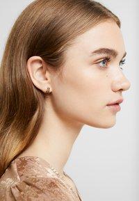 PDPAOLA - NIX - Earrings - gold-coloured - 1
