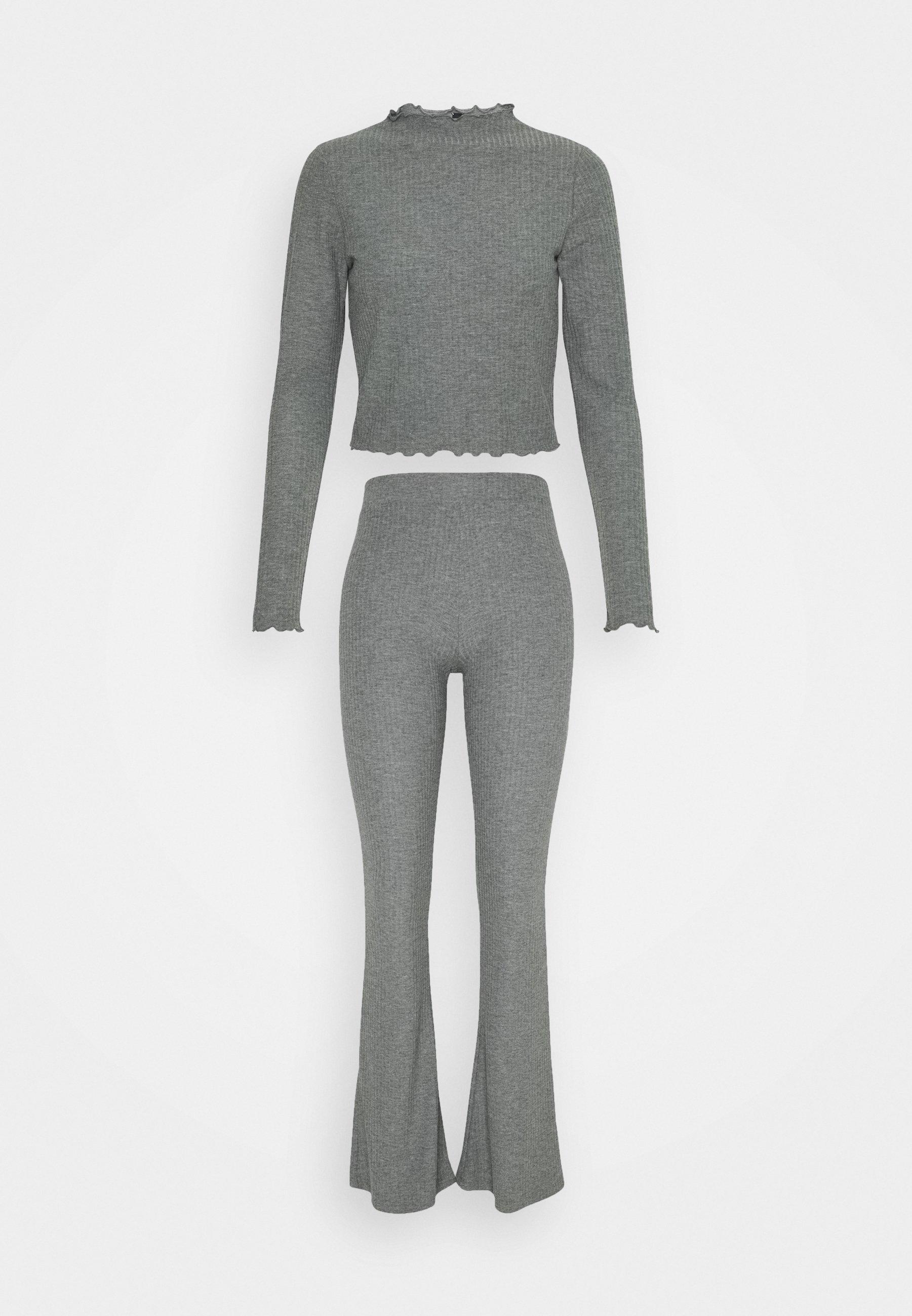 Femme ONLNELLA PANT SET - Pantalon classique