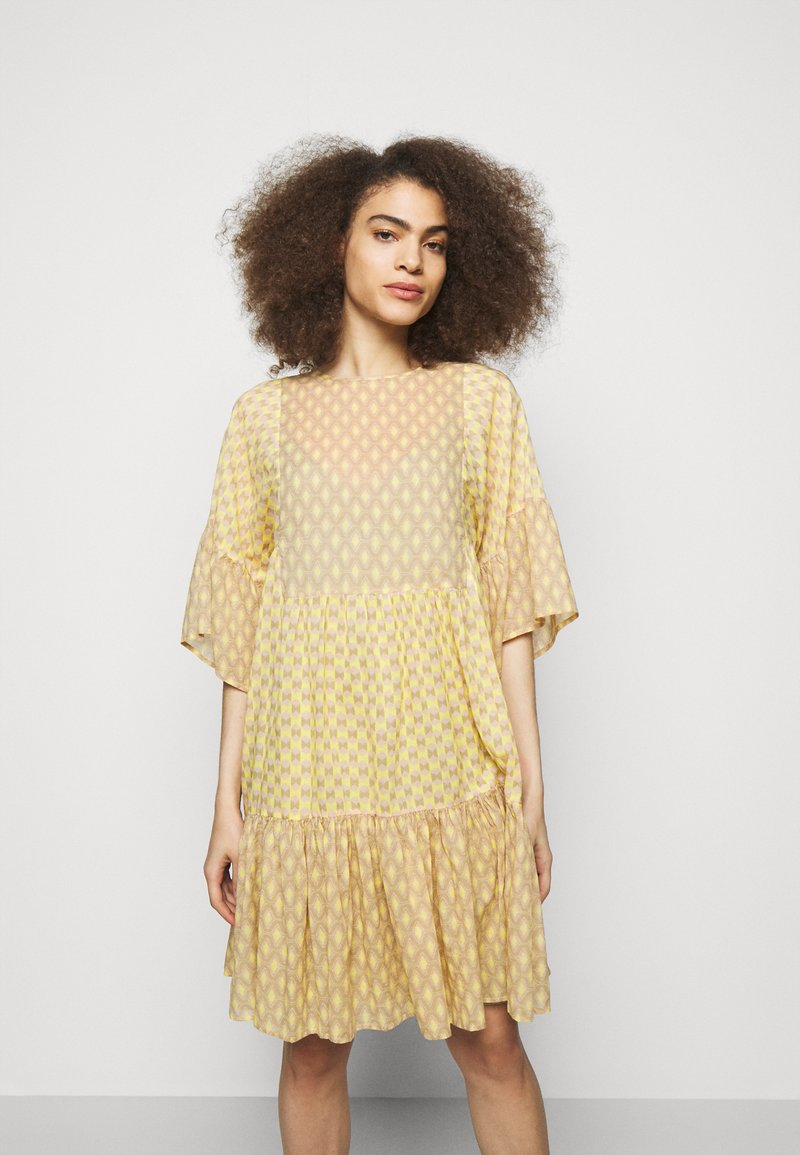 CLOSED - TENNIE - Day dress - strong mustard