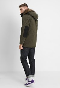 Carhartt WIP - TRAPPER - Winter coat - green - 2
