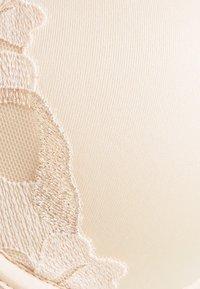 Chantelle - MONTAIGNE  - Underwired bra - rose sable - 6