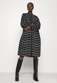 Résumé - CORA DRESS - Shirt dress - black - 0