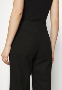 Selected Femme - SLFLINA WIDE ANKLE PANT - Trousers - black - 3