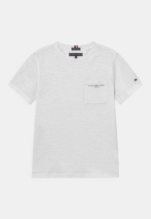 ESSENTIAL SLUB POCKET - T-shirt z nadrukiem - white