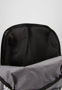 Under Armour - PATTERSON BACKPACK - Rucksack - steel medium heather/black/white - 7