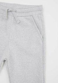 DeFacto - Spodnie treningowe - grey - 2