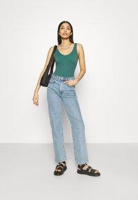 BDG Urban Outfitters - DREW SCOOP BODYSUIT - Top - teal - 1