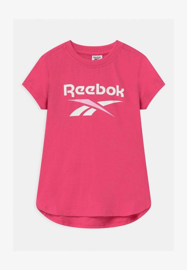 CLASSIC  - T-shirt z nadrukiem - shock pink