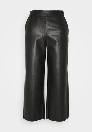 VIPEN CROPPED COATED PANTS  - Broek - black