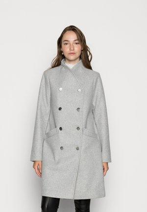ONLMADDIE HIGHNECKCOAT - Klasický kabát - light grey melange