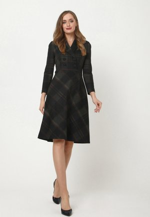 JERSEYKLEID  - Jersey dress - schwarz grün