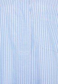 Second Female - EVELIN NEW DRESS - Robe chemise - brunnera blue - 6