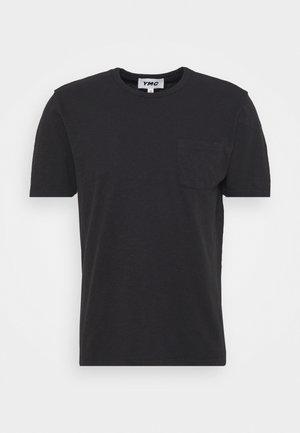 WILD ONES POCKET - Jednoduché triko - black