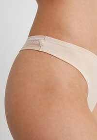 Schiesser - INVISIBLE - Thong - nude - 4