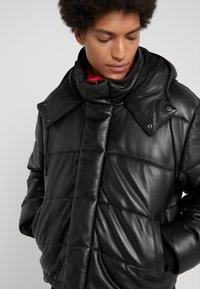McQ Alexander McQueen - PUFFER - Winterjacke - darkest black - 5