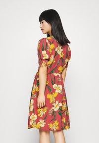YAS Petite - YASTROPICANA WRAP DRESS  - Vestido informal - canyon rose - 2