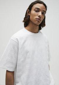 PULL&BEAR - T-shirt - bas - white - 3