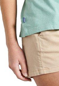 Superdry - CLASSIC  - Print T-shirt - sage marl - 2