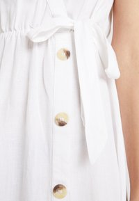 Dorothy Perkins - PLAIN TIE CAMI DRESS - Košilové šaty - white - 5