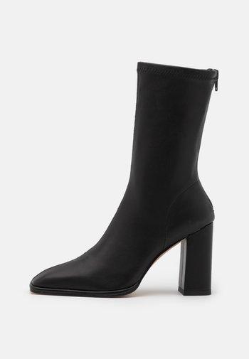 SQUARED TOE SOFT BOOTS - Laarzen - black