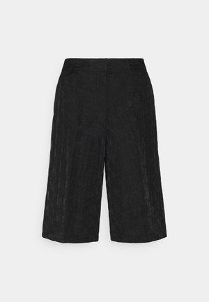 SLFFLORA - Shorts - black