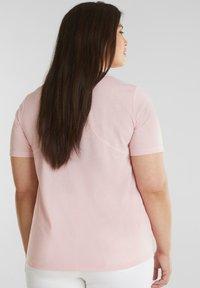 Esprit Sports - MIT STATEMENT-PRINT - Basic T-shirt - light pink - 2