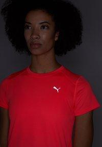 Puma - IGNITE TEE - T-shirt con stampa - pink alert - 4
