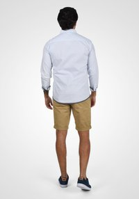 Blend - BRUNO - Shorts - sand brown - 2