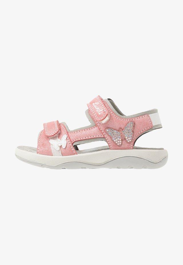 FIA - Sandals - geranie