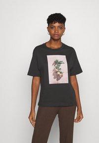 Monki - TOVI TEE - Print T-shirt - black - 0