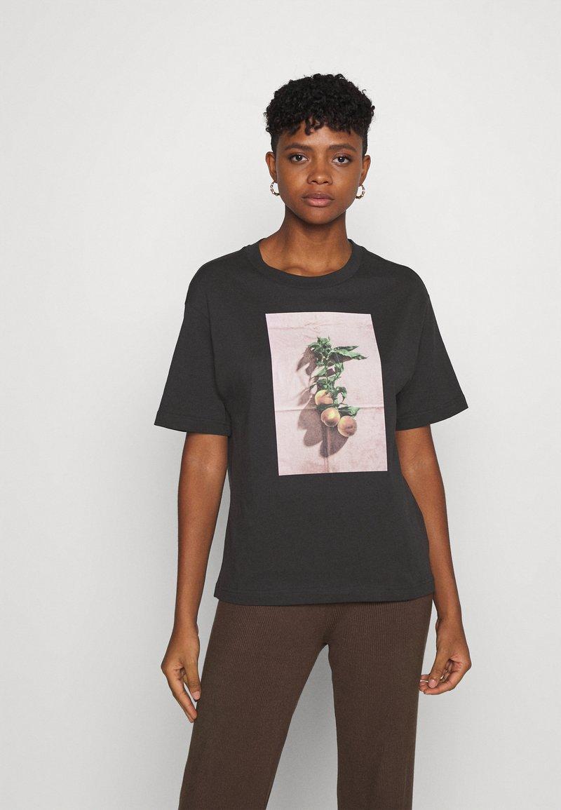Monki - TOVI TEE - Print T-shirt - black