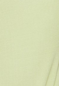 EDITED - AYLA - Top - beechnut green - 2