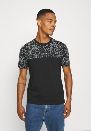 REFLECTIVE LOGO - Print T-shirt - black