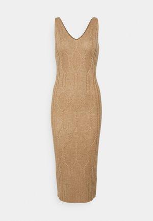 MAXI SLEEVELESS PATTERNED DRESS - Jumper dress - beige